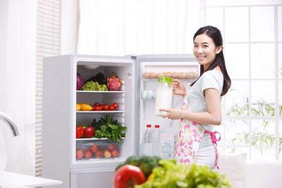 Mẹo nhỏ tạm biệt mùi hôi trong tủ lạnh