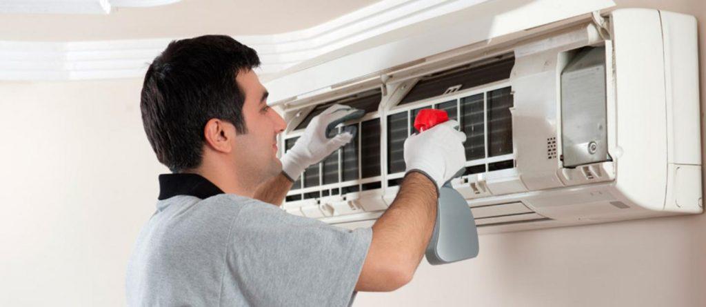 giá vệ sinh máy lạnh tại tp hcm