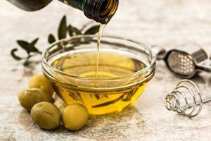 chén dầu oliu