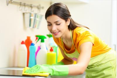 Sức hút của nghề giúp việc nhà cho người nước ngoài