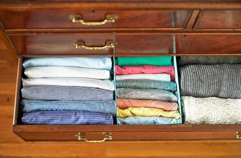 xếp gọn tủ quần áo