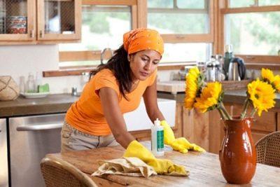 Hài hước quanh câu chuyện về người giúp việc nhà