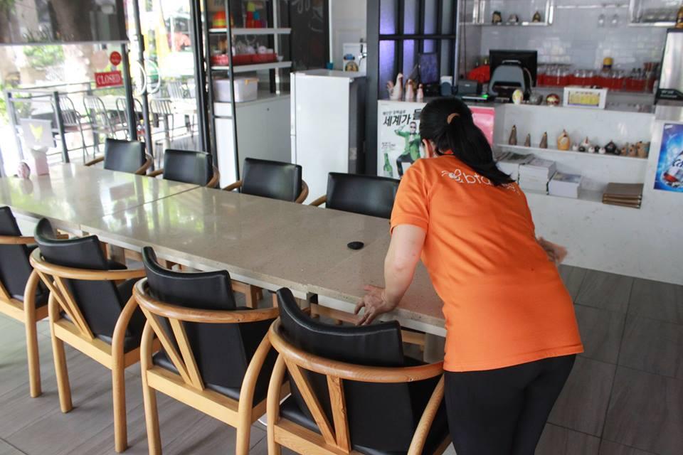 công ty cam kết nhân viên giúp việc nhà theo giờ uy tín