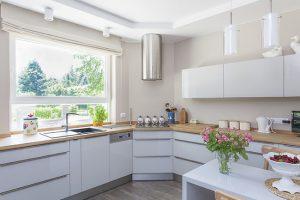 Hãy đảm bảo nhà bếp thoáng sạch