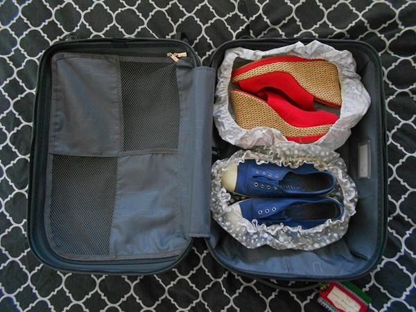 cách xếp quần áo khi đi du lịch