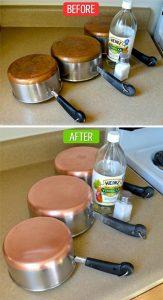 dùng muối và giấm ăn làm sạch đáy xoong nồi