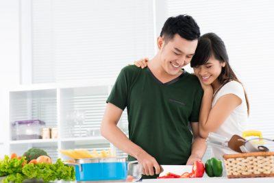 Chia sẻ việc nhà để gia đình hạnh phúc