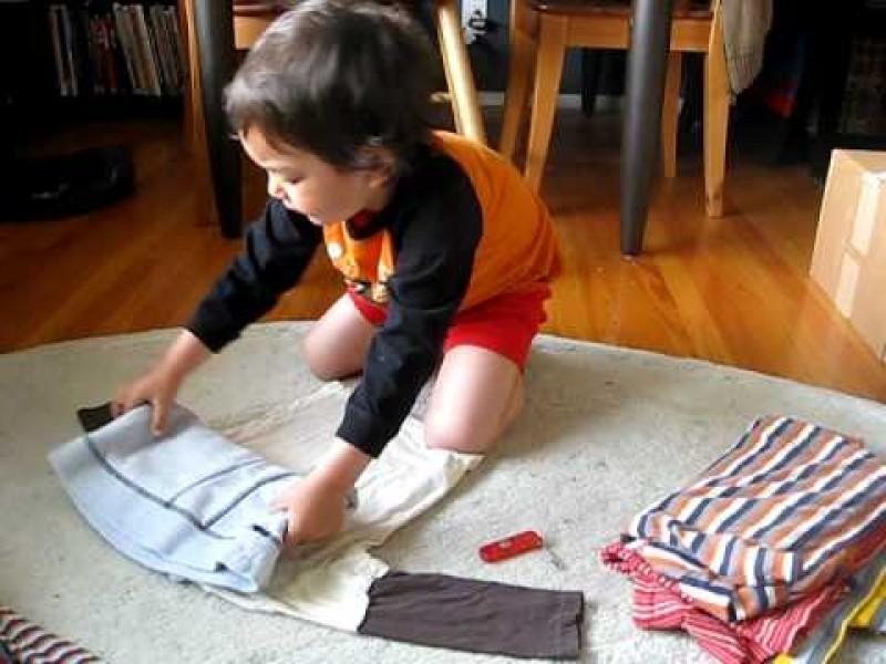 trẻ em làm việc nhà