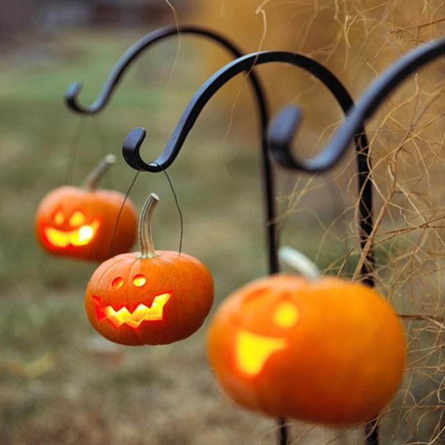 trang trí nhà cho Halloween