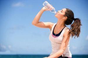 uống ít nước