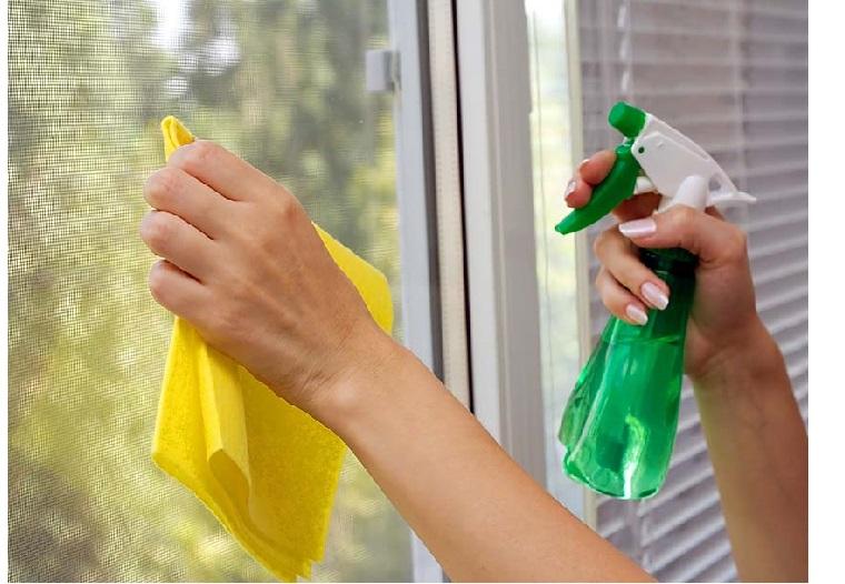 dọn dẹp cửa sổ