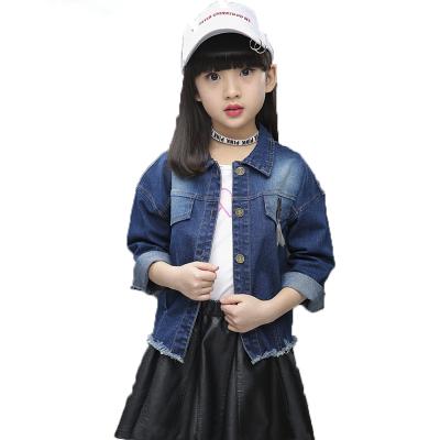 Những cách lựa chọn chất liệu trang phục cho trẻ em