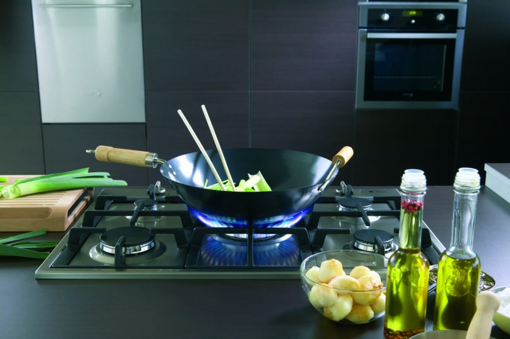 xử lý tình huống trong bếp