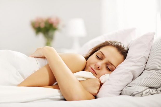 5 điều tuyệt đối bạn không nên làm trước khi đi ngủ