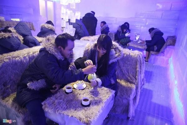 Vui chơi Noel ở Tp. Hồ Chí Minh tại quán Ice Coffee