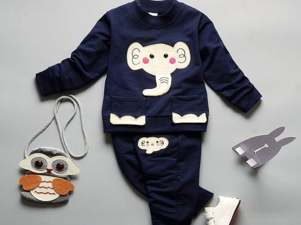 6 lưu ý giúp chọn quần áo trẻ em an toàn