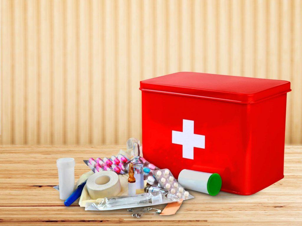 Tủ thuốc gia đình bạn nhất định phải có 7 món này – bTaskee blog