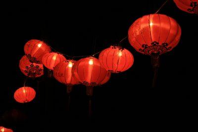 Trang trí ngày Tết với đèn lồng: Đem may mắn và sung túc vào nhà