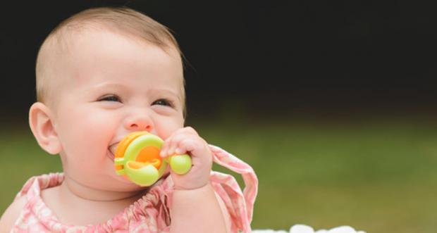 Những hiểu lầm không đáng có khi cho trẻ sử dụng túi nhai ăn dặm