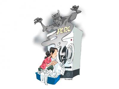 Dung môi giặt khô sử dụng trong dịch vụ giặt là liệu có nguy hiểm?