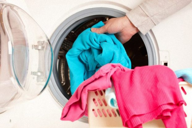 """11 lỗi giặt ủi khiến quần áo bạn """"ra đi trong vòng 1 nốt nhạc"""""""