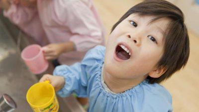 Trị viêm họng cho trẻ từ nguyên liệu thiên nhiên an toàn và lành tính
