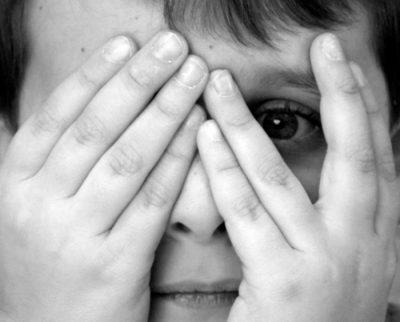 Chứng sợ hãi ở trẻ và những điều bố mẹ nên lưu ý