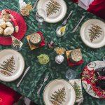 """5 cách bày trí bàn ăn Giáng Sinh """"độc lạ"""""""