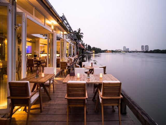 the-deck-saigon