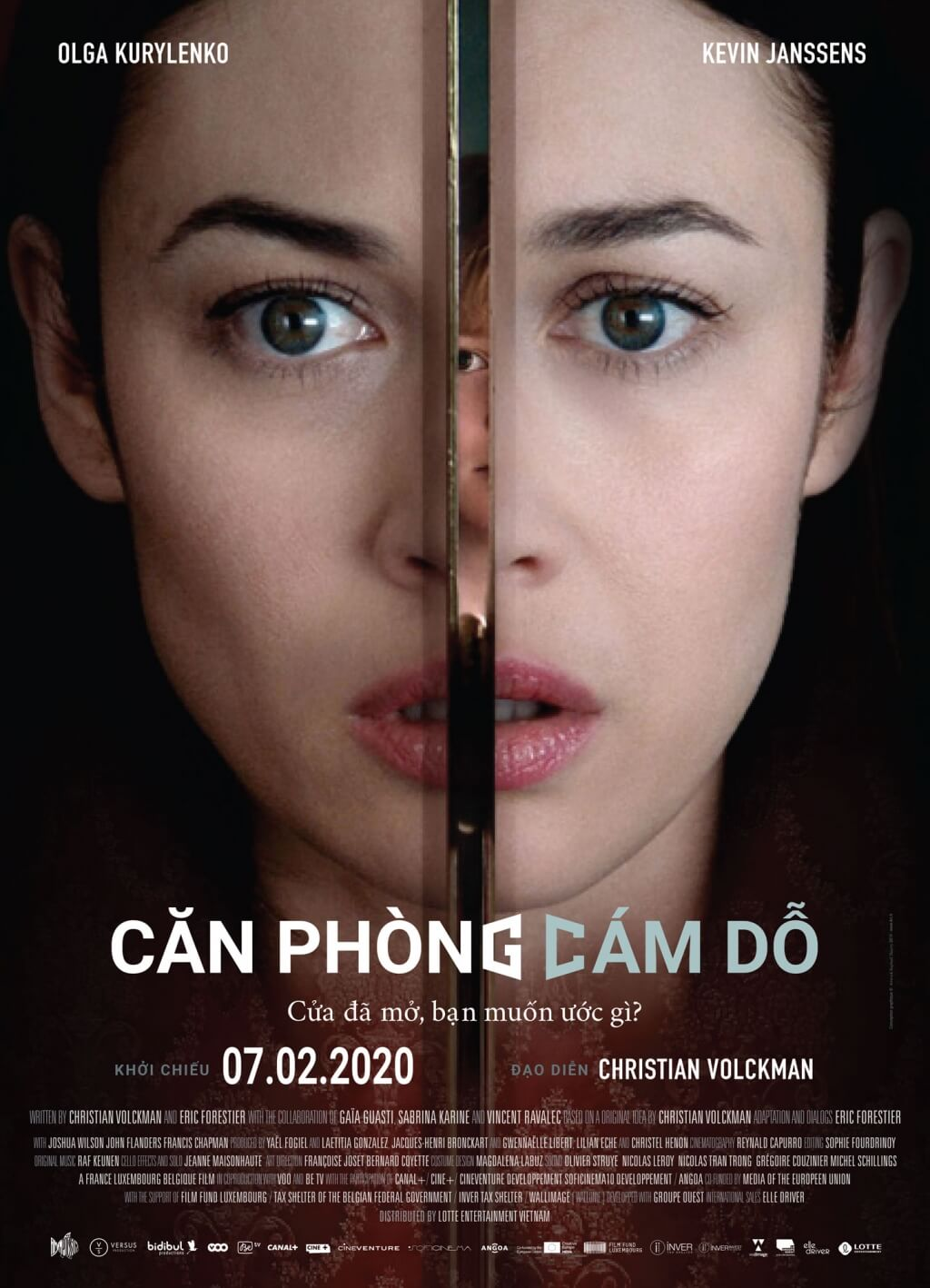 the-room-can-phong-cam-do