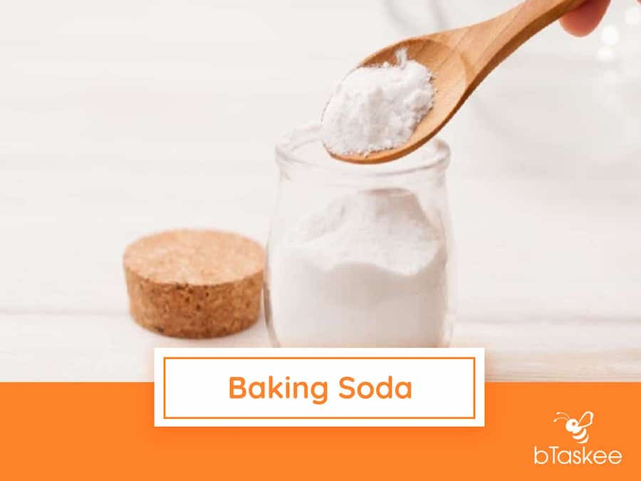 200605-Ve-sinh-lo-vi-song-voi-baking-soda