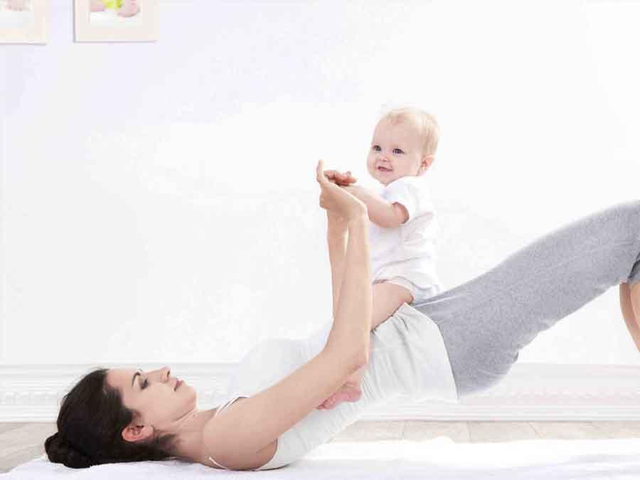 uống tinh bột nghệ sau sinh tốt cho mẹ và bé