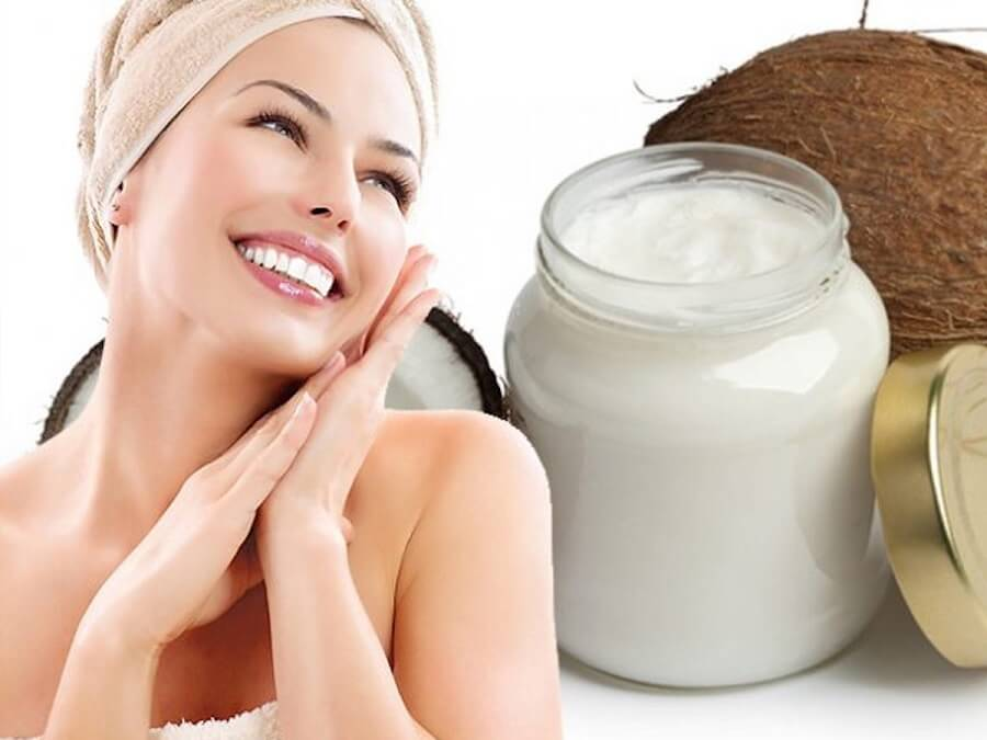 Thoa dầu dừa lên mặt tốt cho da