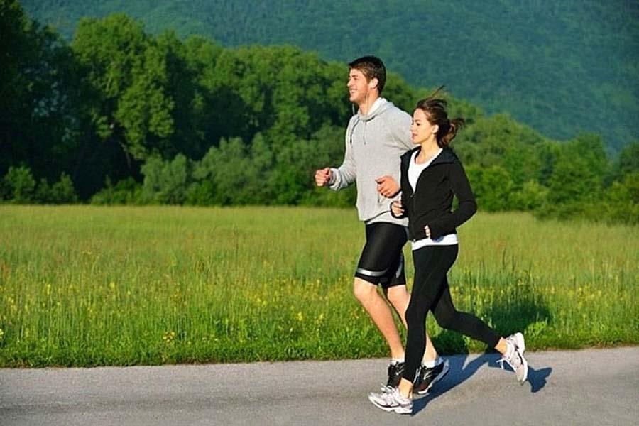 Chạy bộ giúp giảm mỡ bụng và giảm nguy cơ ung thư