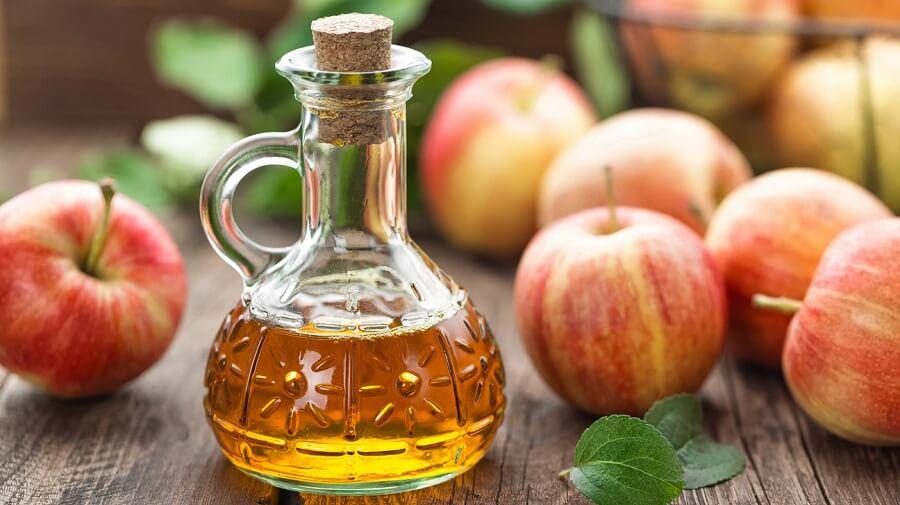 giấm táo giúp se khít lỗ chân lông